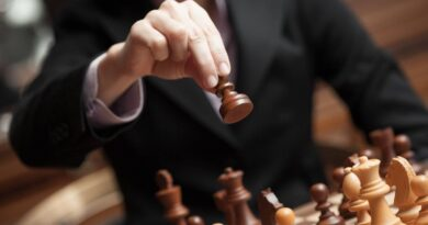 Know these 7 compelling benefits of playing chess
